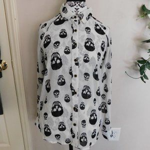 Vintage Goth Black skulls long sleeve shirt